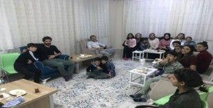 Bitlis'te 'Bir harf öğretenle bir fincan kahve' projesi