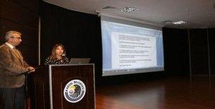 Kartal'da internetin çocuklar üzerindeki zararlı etkileri semineri yapıldı