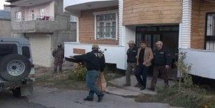 HDP'li İpekyolu Belediye Başkanı Azim Yacan gözaltına alındı