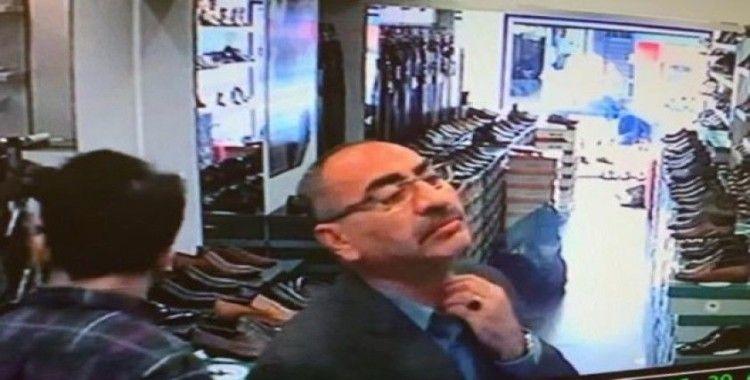 (Özel) Fatih'te ayakkabı mağazasında hırsızlık kamerada