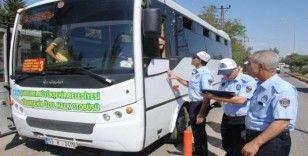 Zabıta şehir içi otobüsleri denetledi
