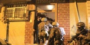 İstanbul'da gece vakti terör örgütü PKK/KCK operasyonu: Çok sayıda gözaltı var