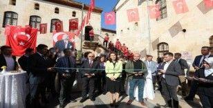 """""""Atatürk"""" temalı sergi açıldı"""