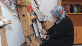Halılar Altındağlı kadınların elinde hayat buluyor