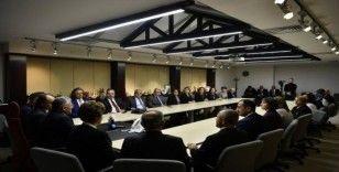 Ankara'da faaliyet gösteren Erciyes Platformu üyeleri Başkan Büyükkılıç'ı ziyaret etti