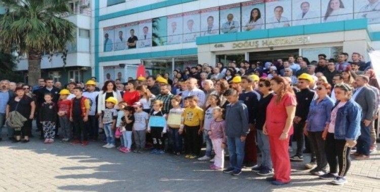 Haciz gelen özel hastane çalışanlarından eylem