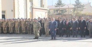 Hakkari'de Atatürk'ü anma töreni