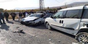 Malatya'da feci kaza: 4'ü ağır 11 yaralı