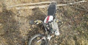 Afyonkarahisar'da otomobil ile motosiklet çarpıştı: 1 ağır yaralı