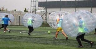 Gençlik Oyunları'nda balon futbolu heyecanı