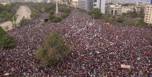 Şili'de diktatörlük anayasası değişiyor