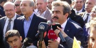 Diyarbakır'da Geleceğe Nefes Ol kampanyası ile 300 bin fidan toprakla buluştu