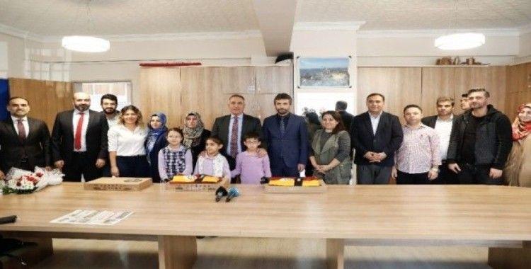 Depremin minik kahramanlarına Sultangazi Belediyesi'nden ödül