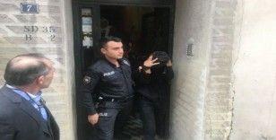 (Özel) Beyoğlu'nda hırsızları apartmana kilitleyip polislere teslim etti