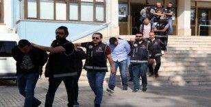 Denizli'de terör operasyonları: 19 şahıs yakalandı