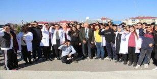 Öğrencilerin Asker sevgisine Mehmetçik Vakfı duyarsız kalmadı