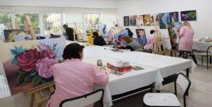 Kadınlardan resim kursuna yoğun ilgi