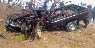 İran'da Afgan sığınmacıları taşıyan araçlar çarpıştı: 28 ölü, 26 yaralı