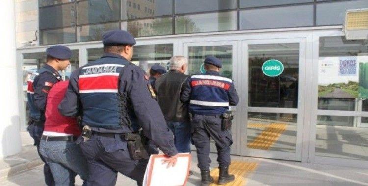 Elazığ'da villaları soyan 2 şüpheli  suç üstü yakalandı