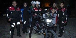 Polisler otizmli Mehmet'in motosiklete binme hayalini gerçekleştirdi