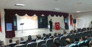 Muradiye'de 'Peygamberimiz ve Aile' konulu konferansı