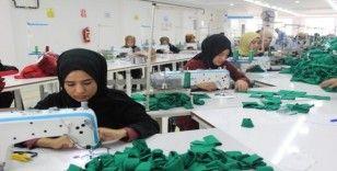 İlçede kurulan tekstil atölyesi kadınlara iş kapısı oldu