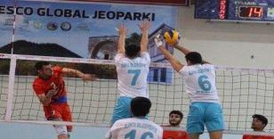 Jeopark Kula Belediyespor: 2 - Alanya Belediyespor: 3