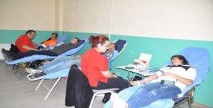 Okullar arasında Ege Bölgesinin kan bağış rekoru Aliağa'da