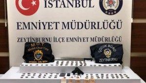 Zeytinburnu'nda meyve sandıkları arasında uyuşturucu ele geçirdi