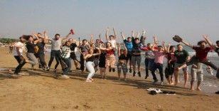 5 ülkeden 30 çevre dostu genç Kızkalesi'nde