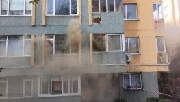 15 katlı apartmanda yangın paniği