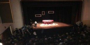 Yıldız Kenter için Kenter Tiyatrosu'nda tören düzenleniyor