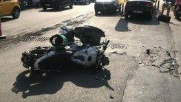 Şişli'de minibüsle motosiklet çarpıştı, 1 yaralı