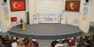 Kütahya'da okul ve kurum idarecilerine 'okul/kurum liderliği' eğitimi