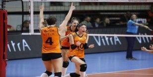 2020 CEV Şampiyonlar Ligi: Eczacıbaşı VitrA: 3 - Fenerbahçe Opet: 2