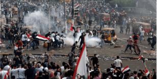 Bağdat protestolarında bir gecede 2 ölü