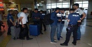 Balıkesir'de çeşitli suçlardan aranan 18 kişi yakalandı