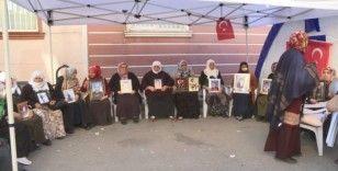 Evlat nöbetindeki ailelerden ortak açıklama: 'Terör örgütü PKK'dan kimse korkmasın'