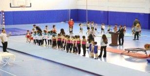 Kaş'ta Cimnastik Şenliği