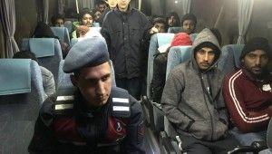 32 mülteci yakalandı