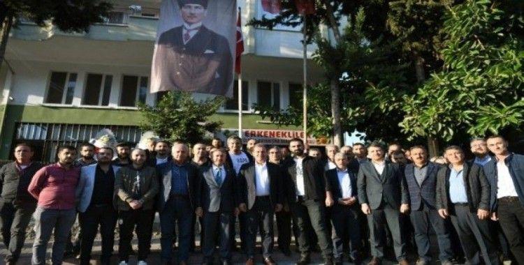 Başkan Seçer, Erkenekliler ile bir araya geldi