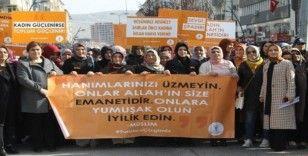 AK Parti kadın kolları kadına şiddete hayır dedi