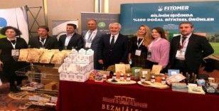 Isparta Gülü, Başkan Başdeğirmen'in de katılımıyla İstanbul'daki kongrede ele alındı