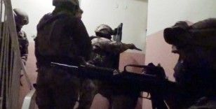 Elazığ'da uyuşturucu tacirlerine operasyon:3 gözaltı