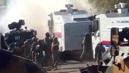 Kaçak elektrik kontrolünü engelleyenlere jandarma müdahale etti