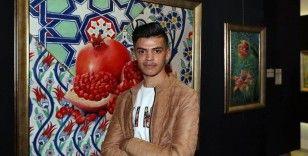 Suriyeli genç ressam yeteneğini üniversite eğitimiyle geliştirmek istiyor