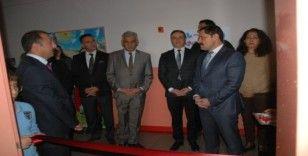 """Ardahan'da """"Zeka Dünyamı Keşfediyorum"""" projesi çerçevesinde zeka oyunları sınıfı açıldı"""