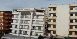 Arnavutluk'ta deprem bölgesi havadan görüntülendi
