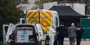 İngiltere'de kamyon kasasında 10 kaçak göçmen bulundu