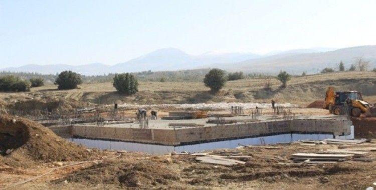 Elmalı Otogarı'nın inşaatı sürüyor